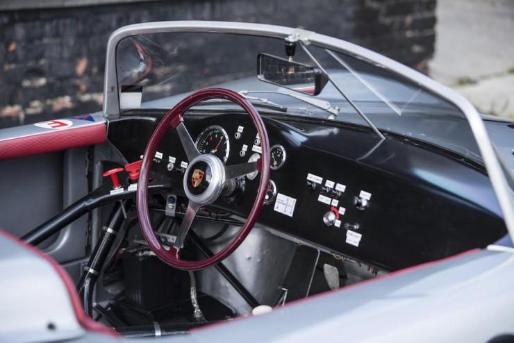 Porsche-RS61-16