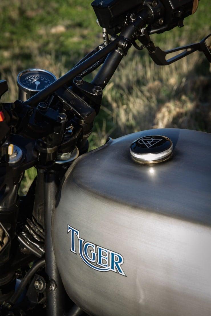 Triumph-Tiger-4