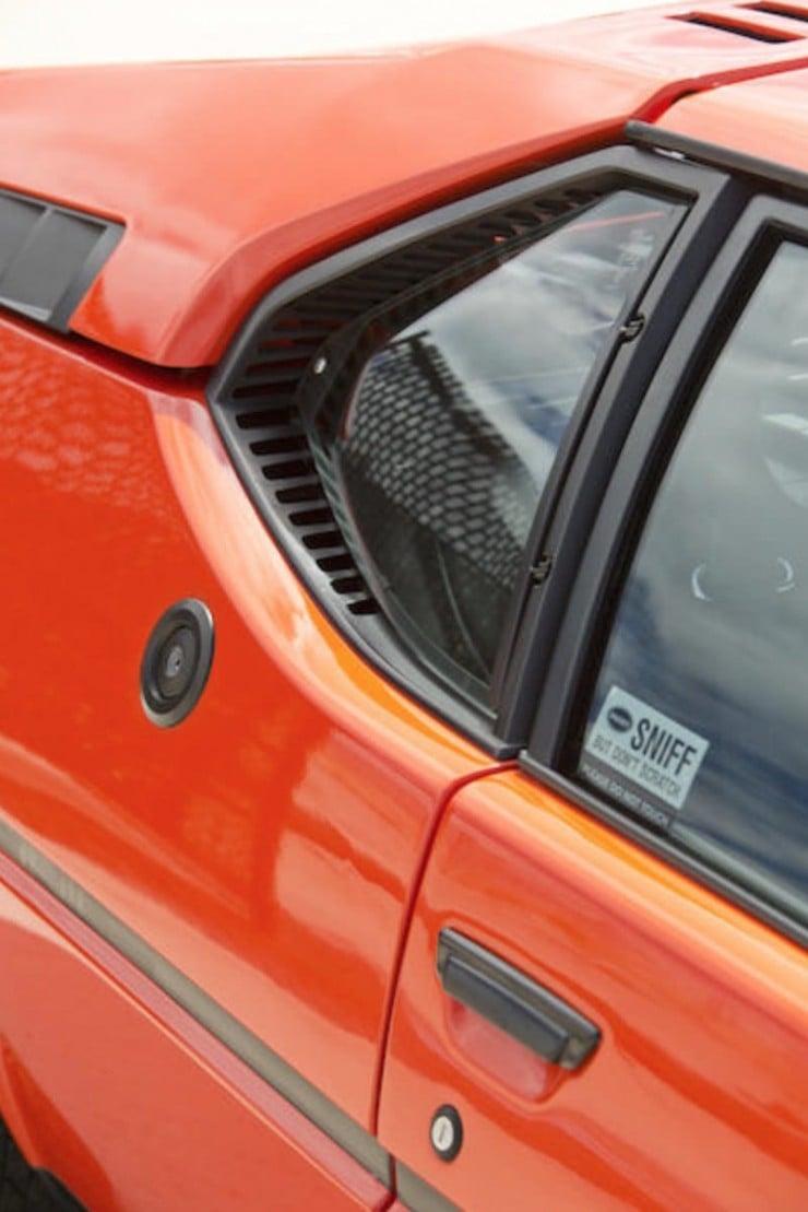 BMW-M1-Car-12