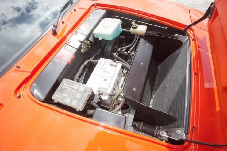 BMW-M1-Car-6
