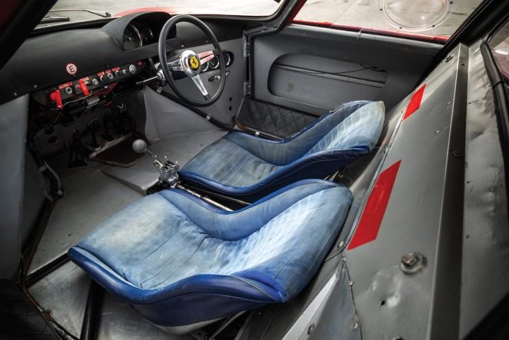 Ferrari-250-LM-17