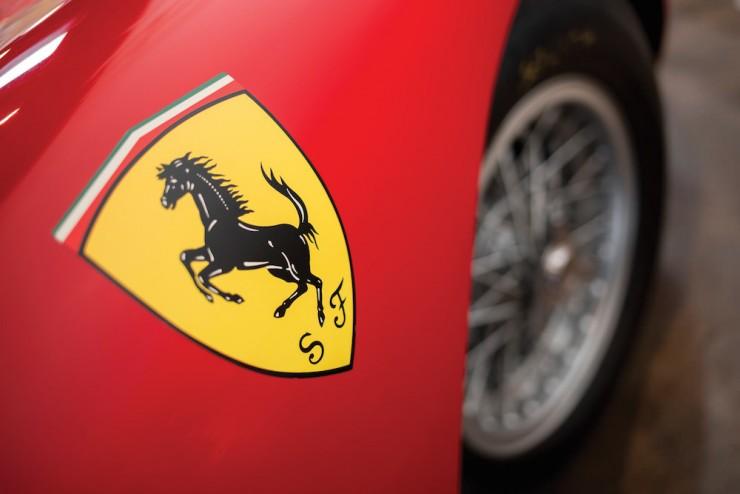 Ferrari-250-LM-9