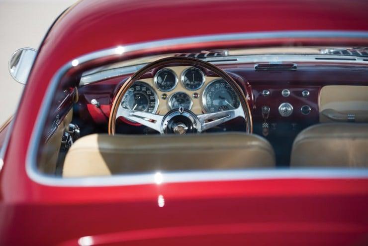 Jaguar-XK120-Car-16