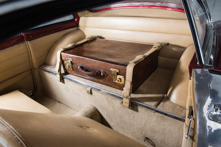 Jaguar-XK120-Car-22