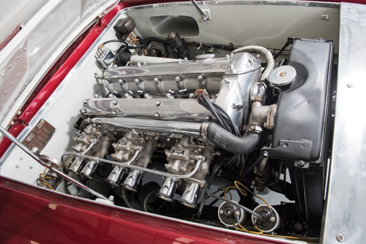 Jaguar-XK120-Car-3