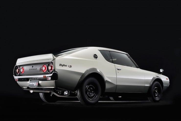 Nissan Skyline H:T 2000GT-R 19