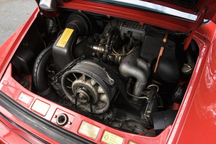 Porsche-911-sc-2