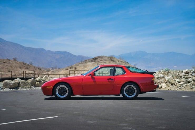 Porsche-944-Turbo-2