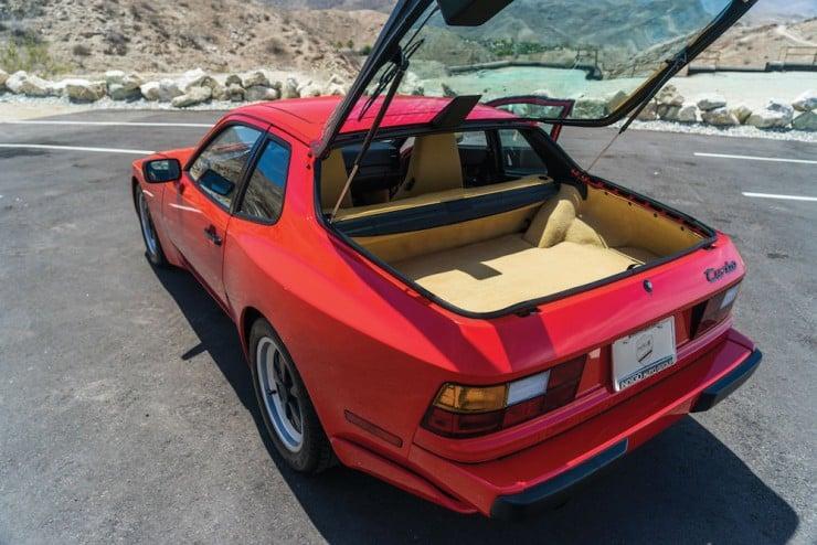 Porsche-944-Turbo-9