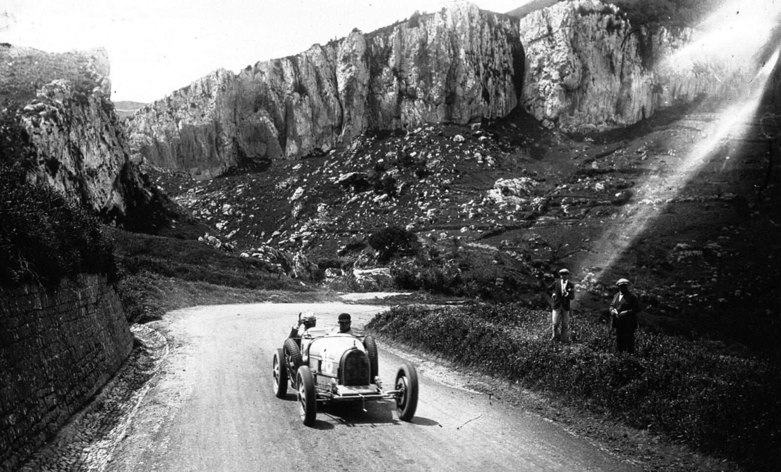Albert Divo in his Bugatti at the 1928 Targa Florio 2 1600x968 - Targa Florio Wallpaper