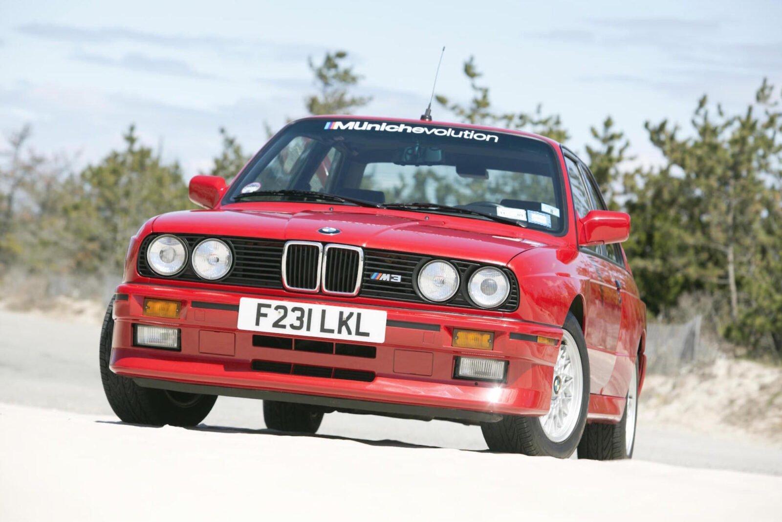 BMW M3 E30 4 1600x1067 - 1989 BMW M3