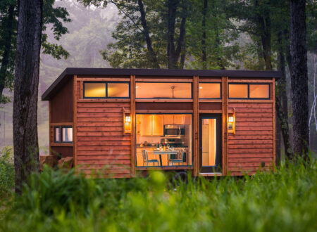 Escape Traveller Tiny House 450x330