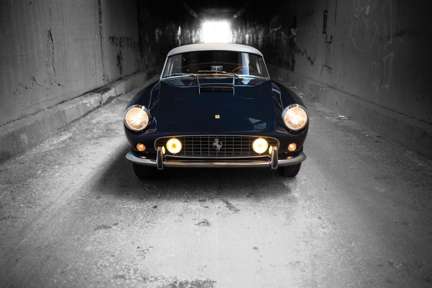 Ferrari-250-GT-12