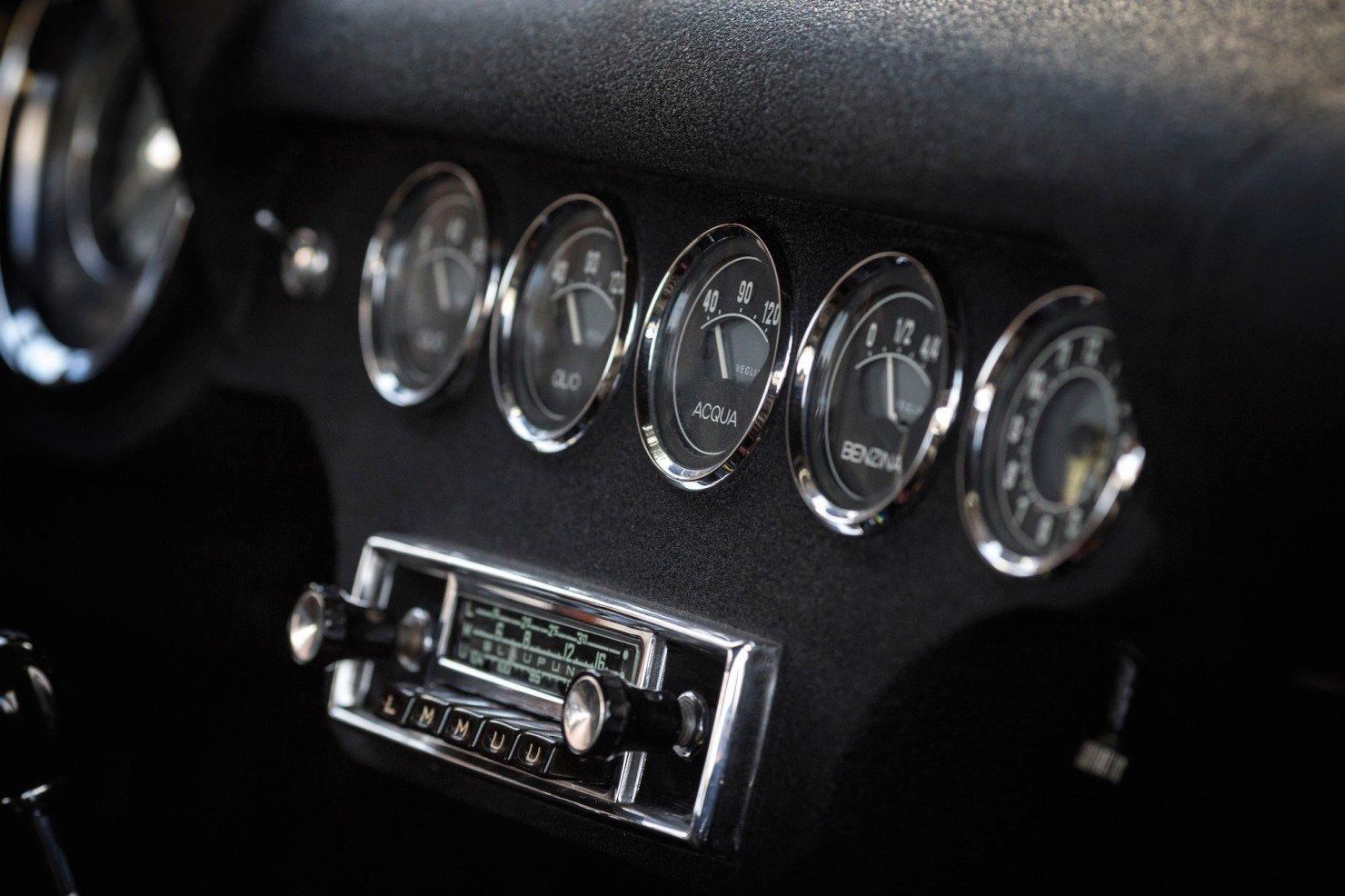 Ferrari-250-GT-15