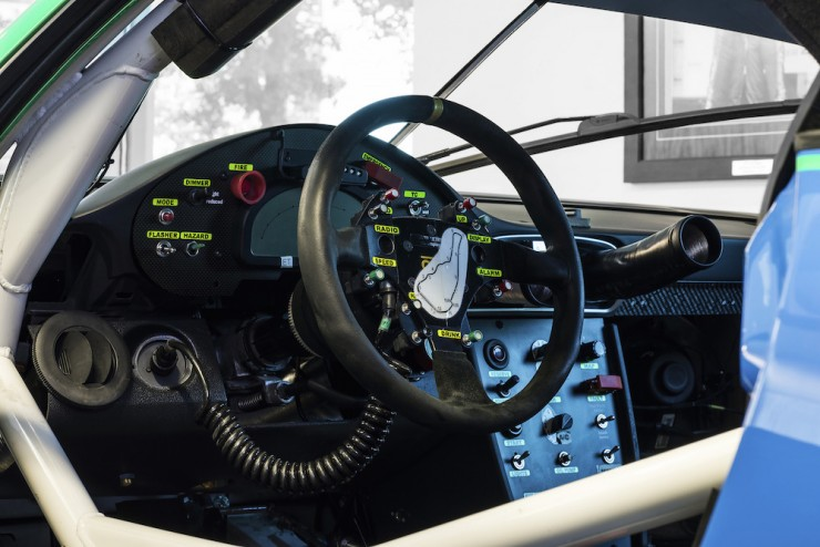 Porsche-911-RSR-11