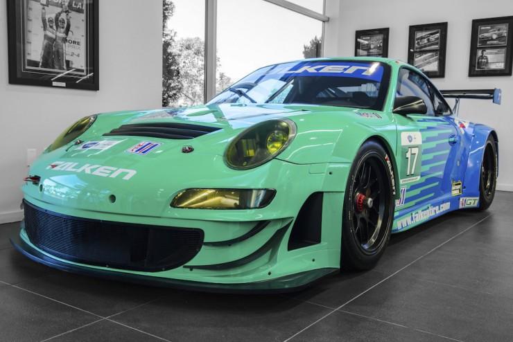 Porsche-911-RSR-13