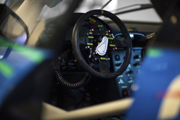 Porsche-911-RSR-9