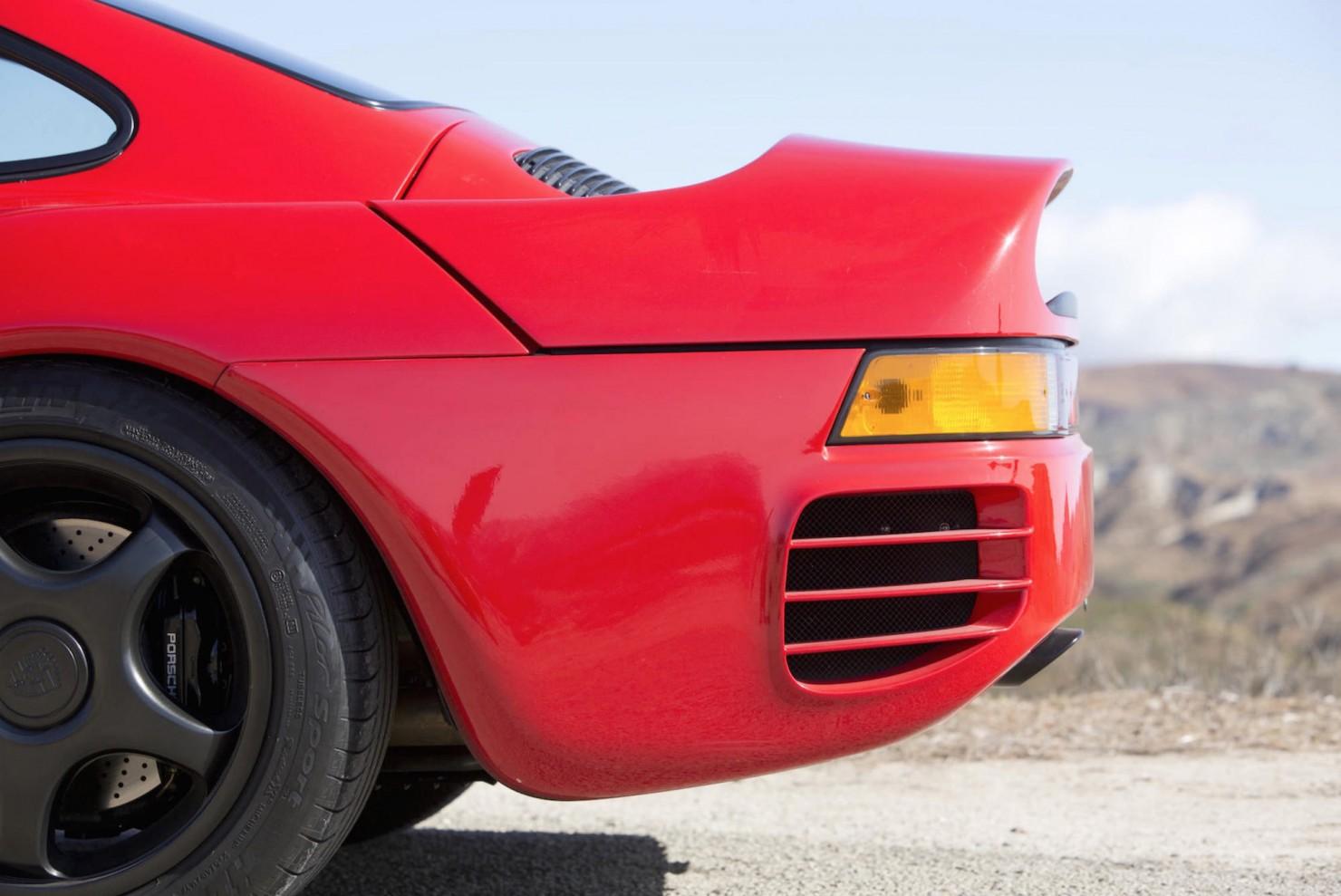Porsche-959-12