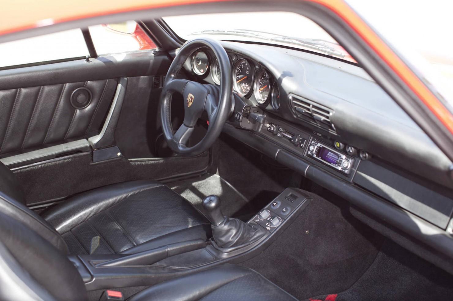 Porsche-959-5