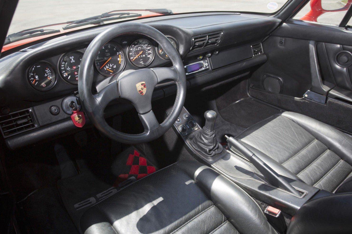 Porsche-959-8