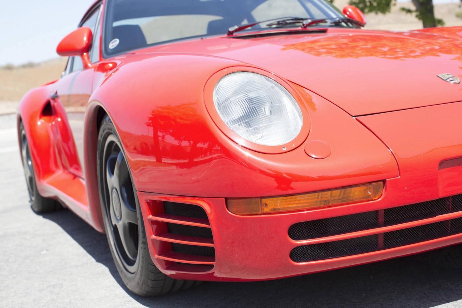 Porsche-959-9