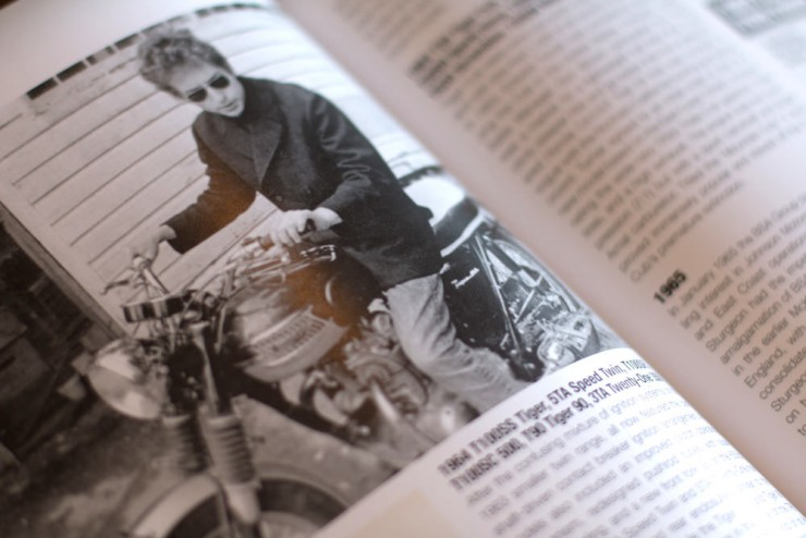 The Complete Book of Classic and Modern Triumph Motorcycles 4