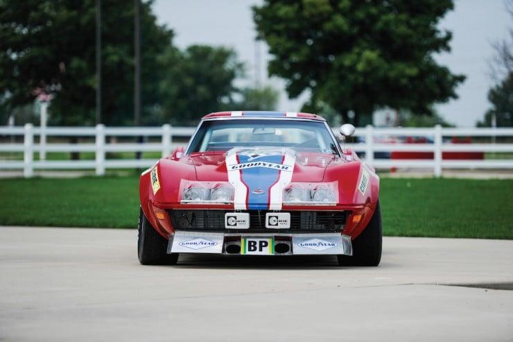 Chevrolet-Corvette-6