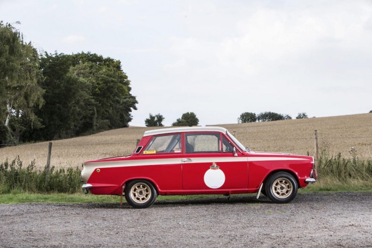 Ford-Lotus-Cortina-10