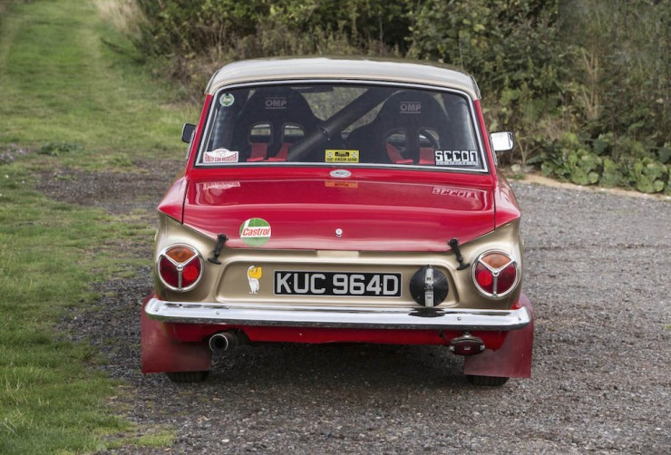 Ford-Lotus-Cortina-12