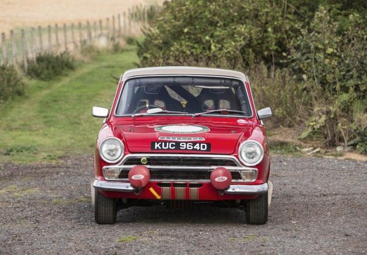 Ford-Lotus-Cortina-3