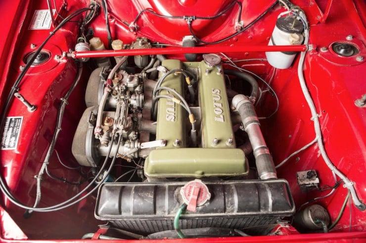 Ford-Lotus-Cortina-9