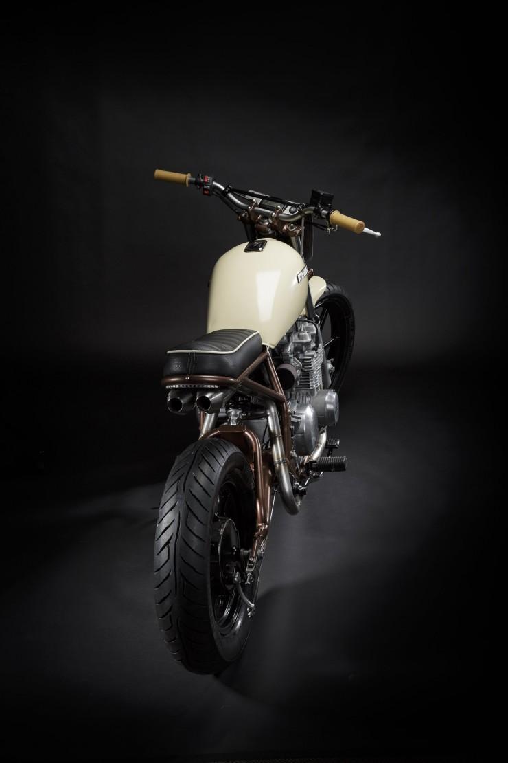 Kawasaki KZ550 6
