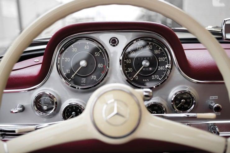 Mercedes-Benz-300SL-10