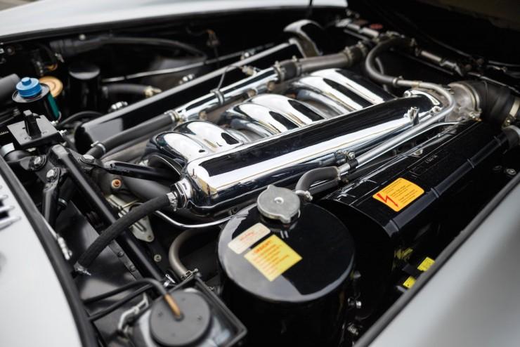 Mercedes-Benz-300SL-20