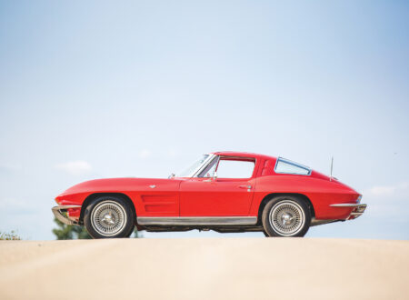 Chevrolet-Corvette-Sting-Ray-4