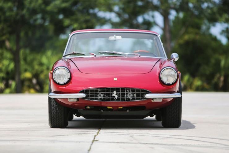 Ferrari 330 GTC 5