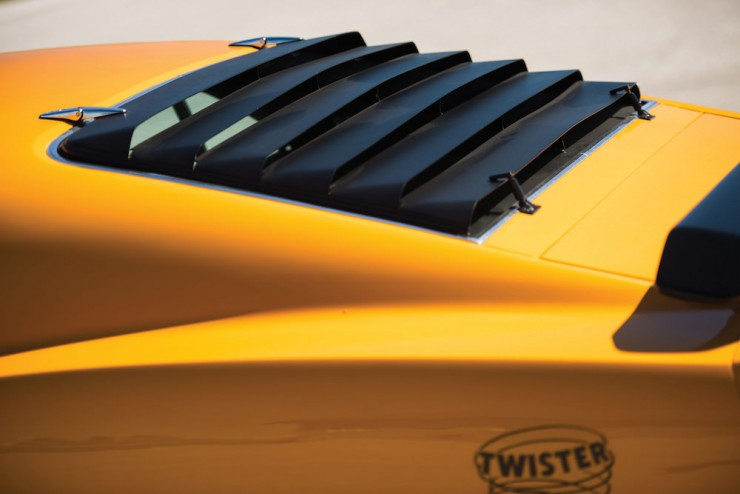 Ford-Mustang-Twister-12