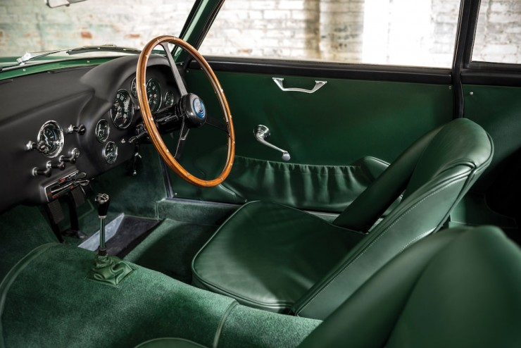 Aston-Martin-DB4-GT-Zagato-11