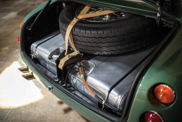 Aston-Martin-DB4-GT-Zagato-23
