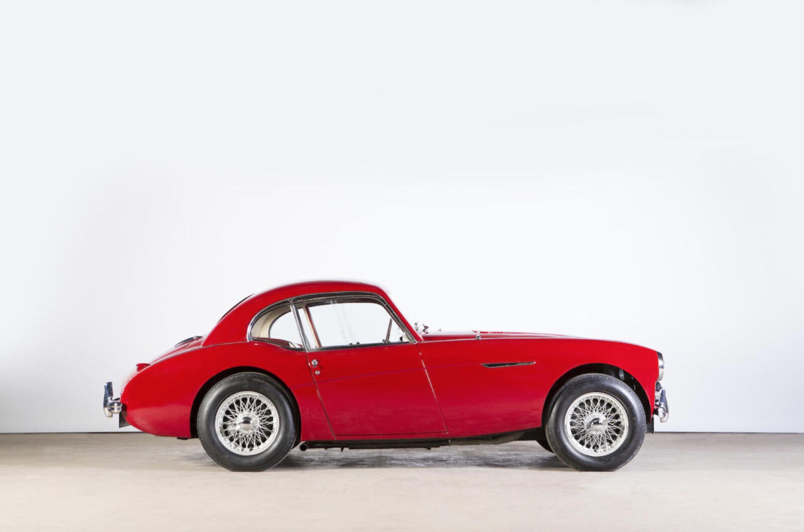 Austin Healey Coupe 5 1600x1059 - Donald Healey's Personal Austin-Healey 100S Coupe