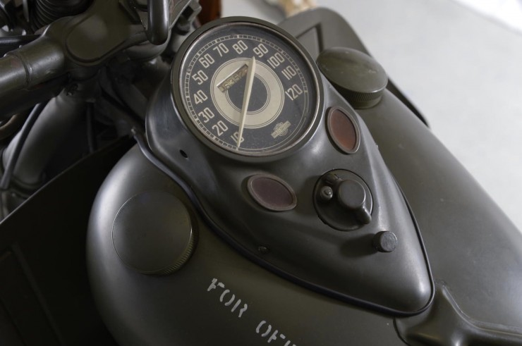 Harley-Davidson 750cc XA Military Motorcycle 3