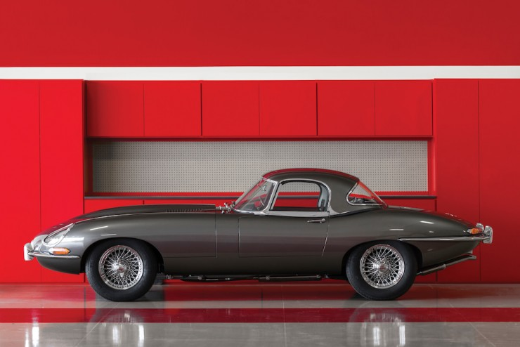 Jaguar E-Type Series 1 15