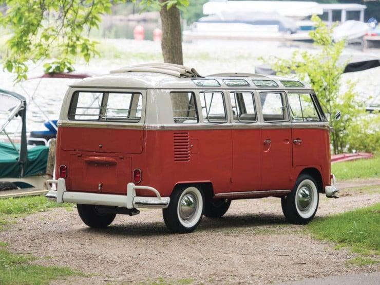 Volkswagen Type 2 '21-Window' Deluxe Microbus 1