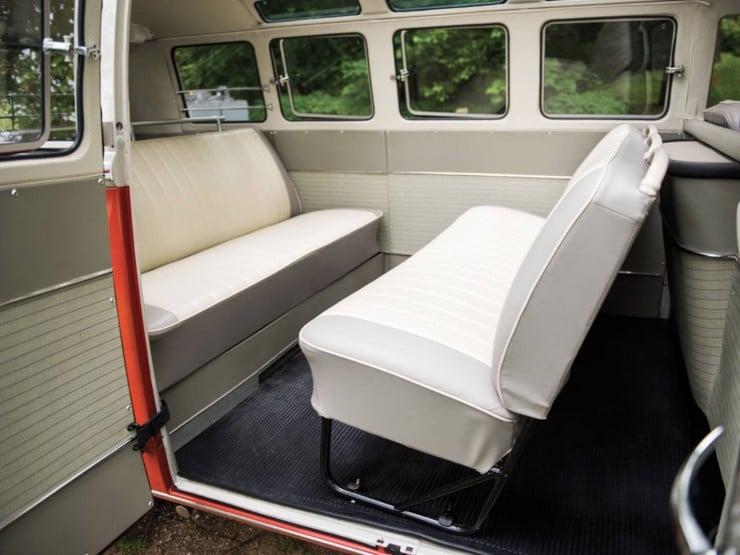 Volkswagen Type 2 '21-Window' Deluxe Microbus 10