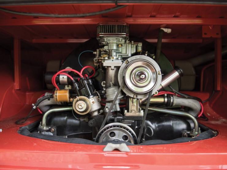 Volkswagen Type 2 '21-Window' Deluxe Microbus 2