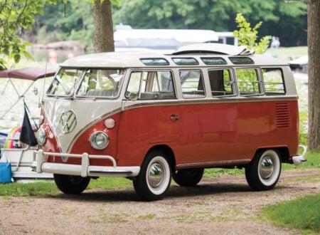 Volkswagen Type 2 '21-Window' Deluxe Microbus