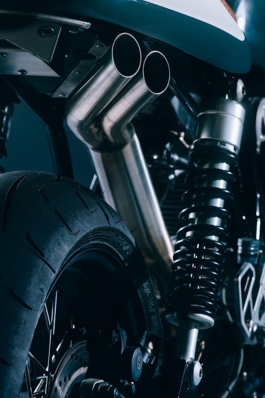 Ducati GT1000 14