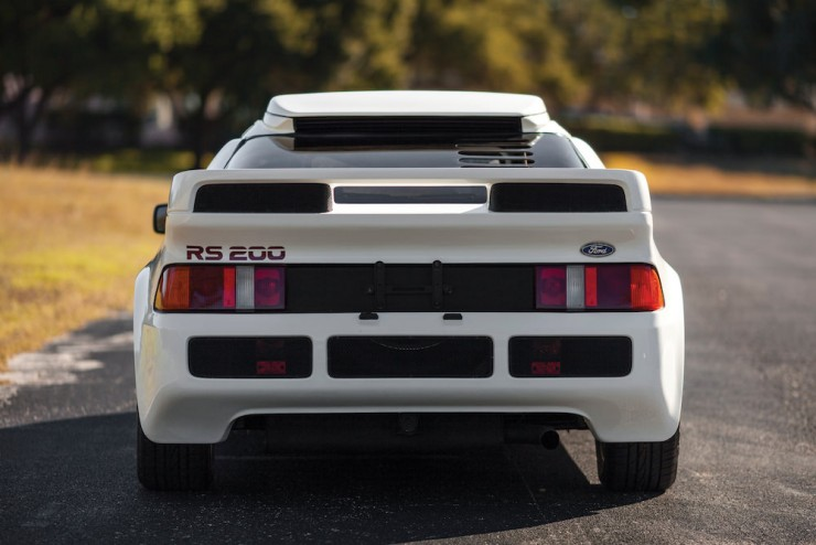 Ford-RS200-7