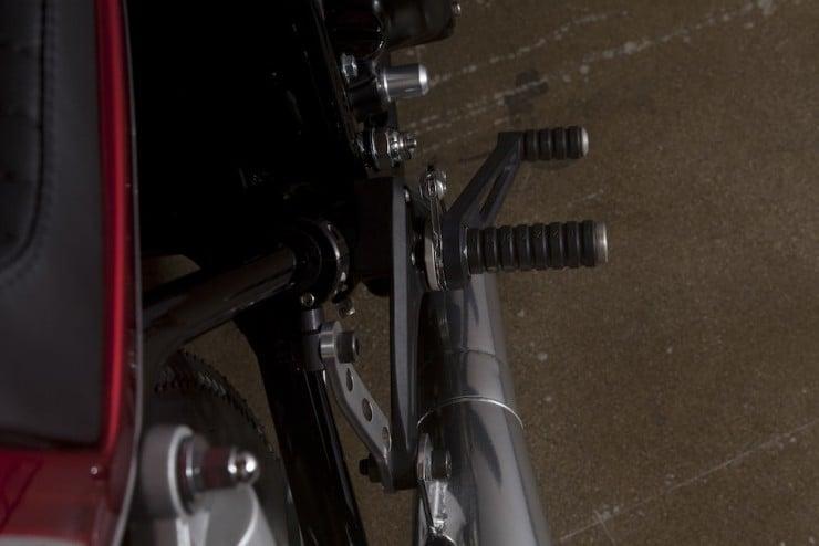Honda-CB550-13