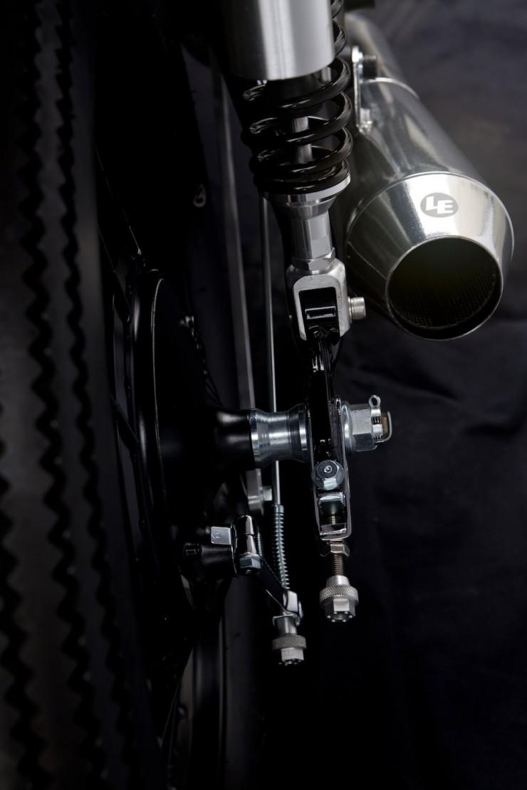 Honda-CB550-4